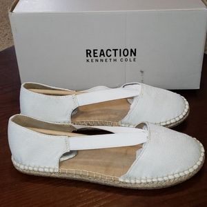 Kenneth Cole How Elastic Flats sz 8 White Sparkly